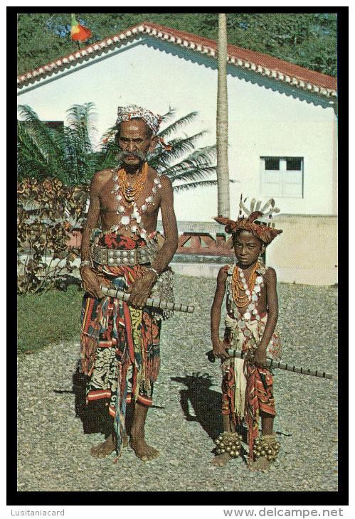 ASIA - TIMOR - Duas Gerações  ( Ed. M. N. F.  De Timor Nº 13) Carte Postale - Timor Oriental