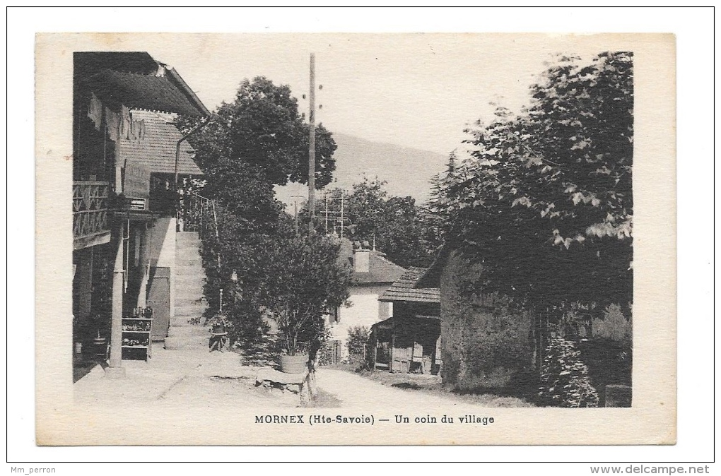 (7957-74) Mornex - Un Coin Du Village - Autres Communes