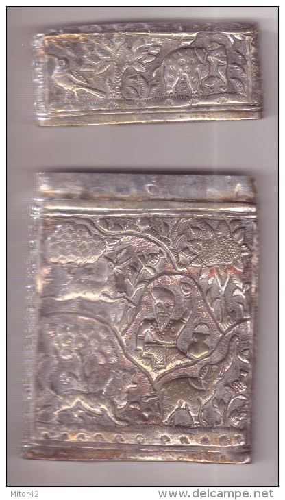 Scatola In Argento Indiana Peso Gr.93,40-cm.6,50 X 10,00-certificata Ditta Daliana - Non Classificati