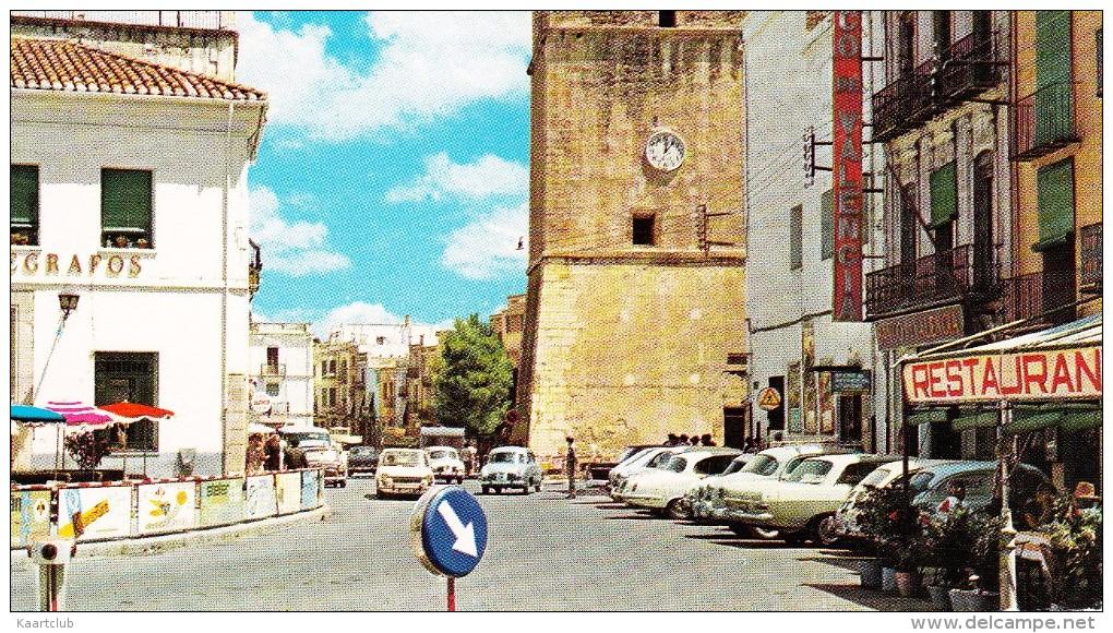 Vinaroz: FIAT-SEAT 600, OPEL REKORD-A , JAGUAR 240, RENAULT DAUPHINE - 'Correos-Telegrafos' - Plaza Jovellar - (Espana) - Toerisme