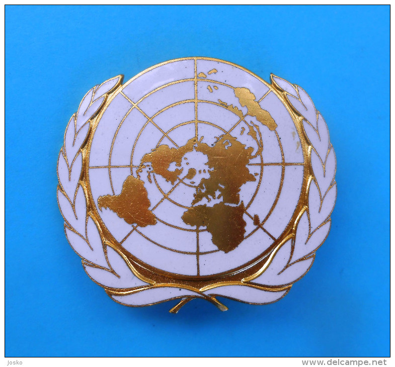 UNITED NATIONS UNPROFOR Peacekeeping Mission In Croatiia Large Official Enamel Cap Hat Badge UN Operations Nations Unies - Army