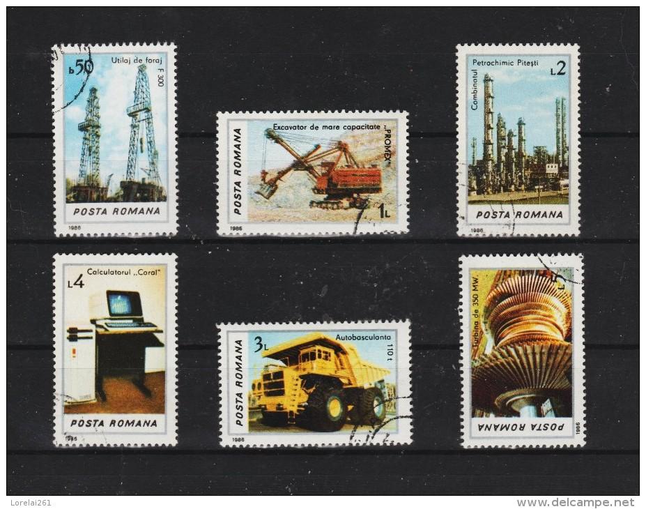1986 -   L INDUSTRIE  Mi No 4306/4311 Et YV No 3712/3717 - 1948-.... Republiken