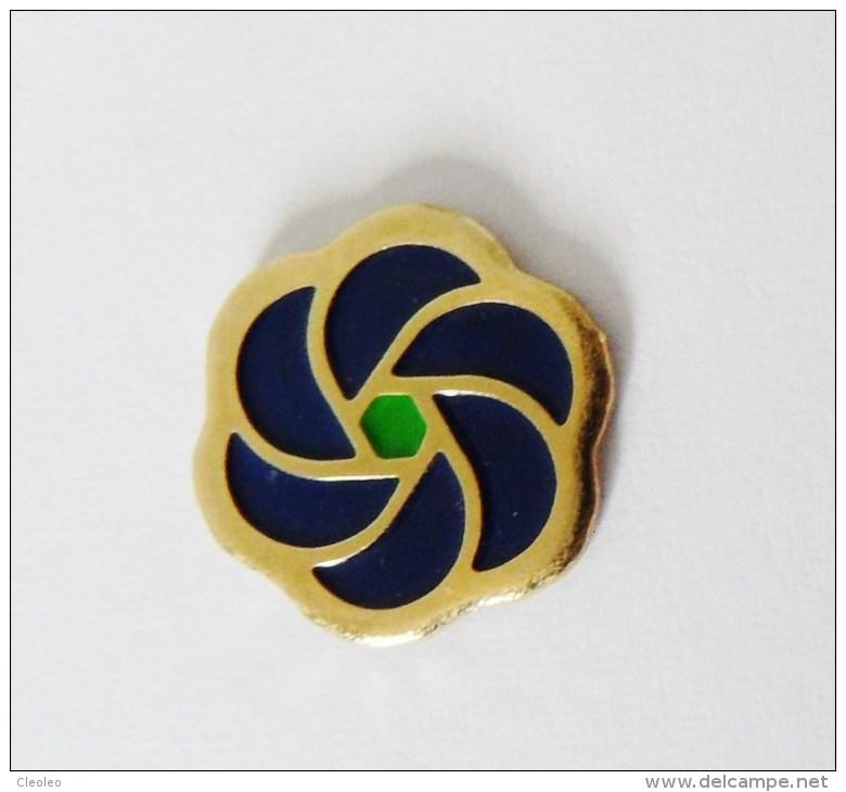 Pin's Logo Phildar - 24R - Badges
