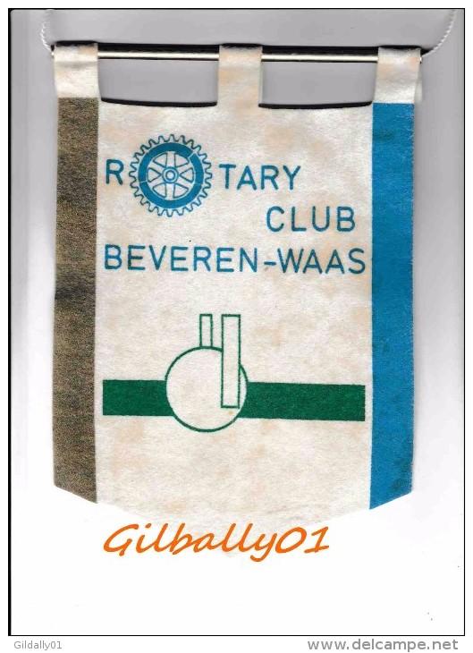 Fanion:   BEVEREN-WAAS     * ROTARY CLUB INTERNATIONAL * - Organisations