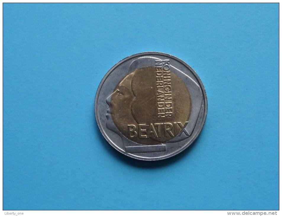 5 EURO - ECU BEATRIX Koningin Der NEDERLANDEN 1996 ( 20 Gr. - 35 Mm. / Bicolor / Details, Zie Foto ) ! - Pays-Bas