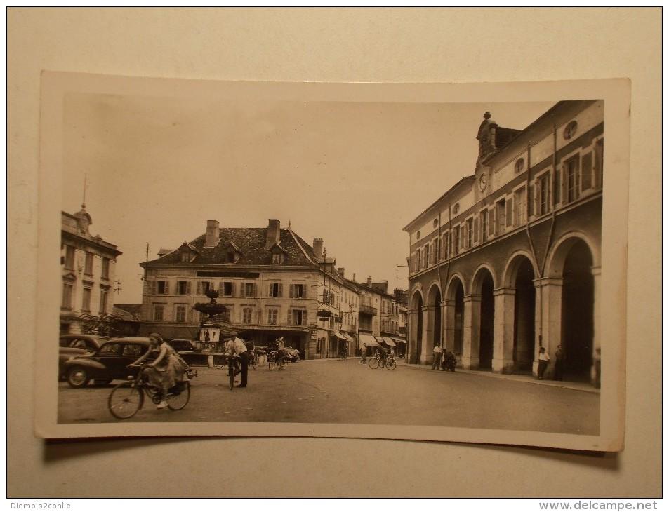 Carte Postale - LA TOUR DU PIN (38) - Place Antonin Dubost Et Rue De La Republique (36) - La Tour-du-Pin