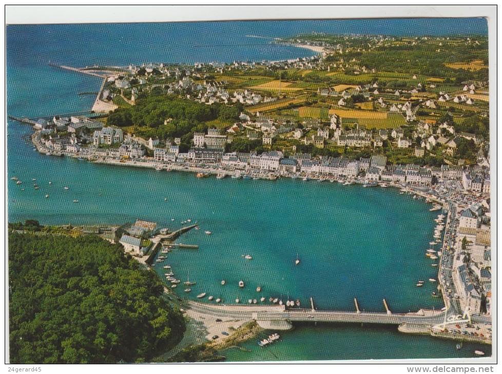2 CPM/CPSM AUDIERNE (Finistère) - Vue Générale Du Port, Pors Poulhan  à L'abri Dans Une Crique - Audierne