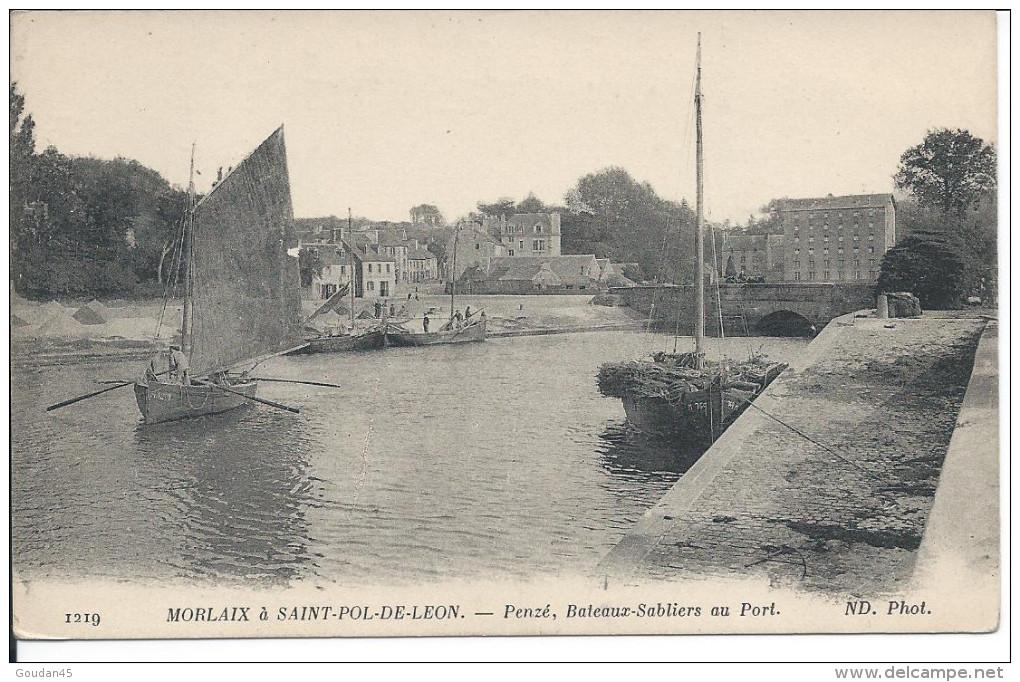 Penzé, Bateaux-Sabliers Au Port. MORLAIX à SAINT-POL-DE-LEON. - France