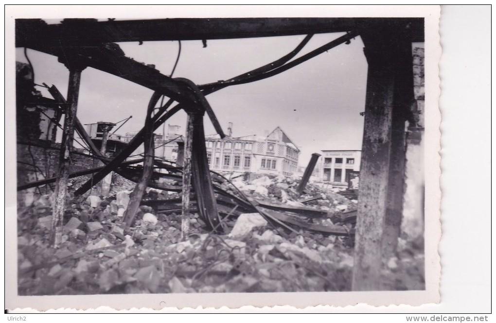 Foto 2. WK - Frankreich Beauvais Ruinen Februar 1941 - 8*5,5cm (21438) - Guerra, Militari