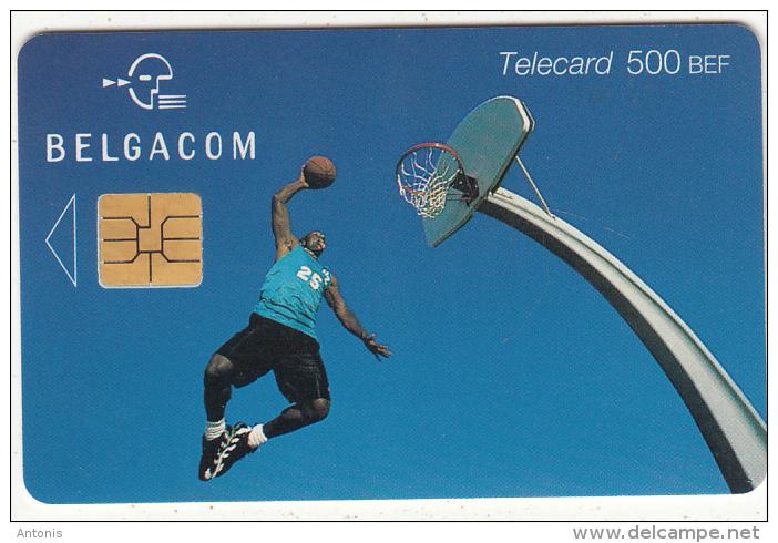 BELGIUM - Basketball, Exp. Date 31/07/02, Used - Met Chip