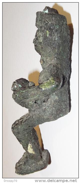 Statuette D'ISIS Allaitant Horus - Archeologie