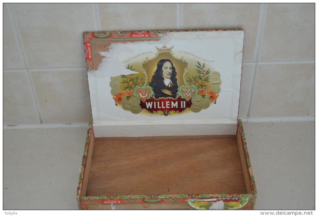 Tobacco Box Willem II Sigaren Fabriken Walkens Ward - Holland - Contenitori Di Tabacco (vuoti)