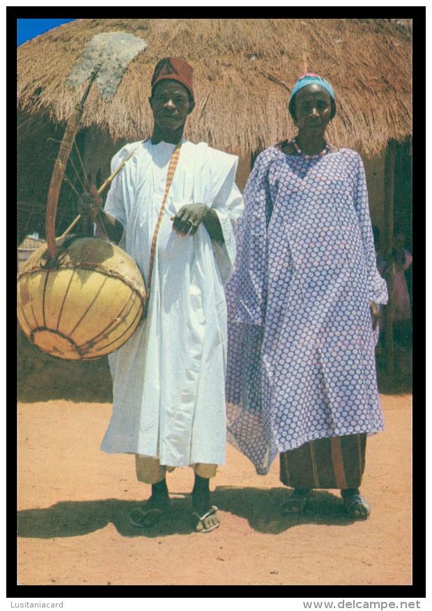 GUINÉ-BISSAU  - MUSICA -Tocador De « CORû ) Guiné Portuguesa  Carte Postale - Guinea-Bissau