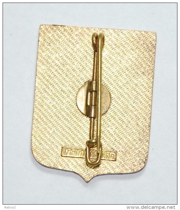 Distintivo Scuola Telecomunicazioni FF.AA. Chiavari Trinae Militiae Una Vox - Militari