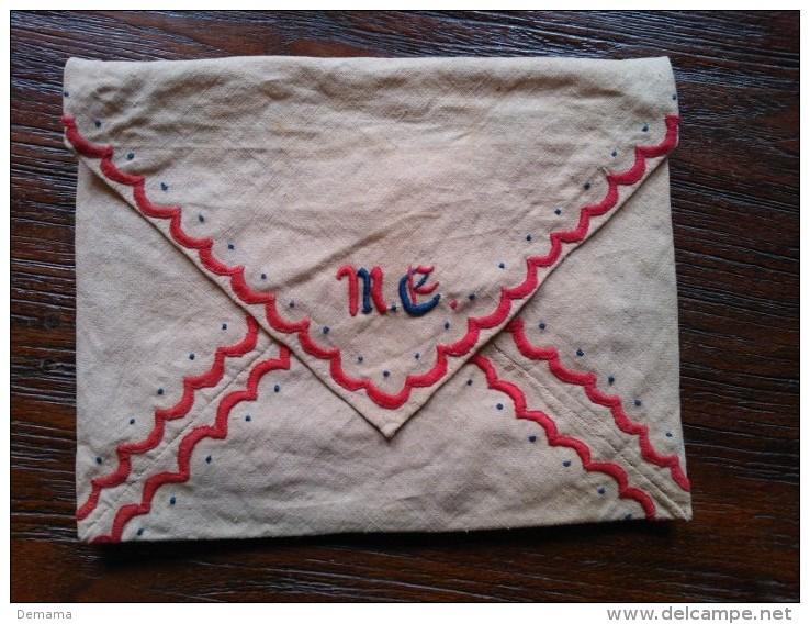 Geborduurd Linnen Envelop Met Twee Zakjes, Vintage - Laces & Cloth