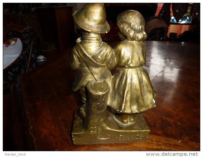 """Ancienne Statuette Enfants """" Tu M'aimes Pas """" - Autres"""