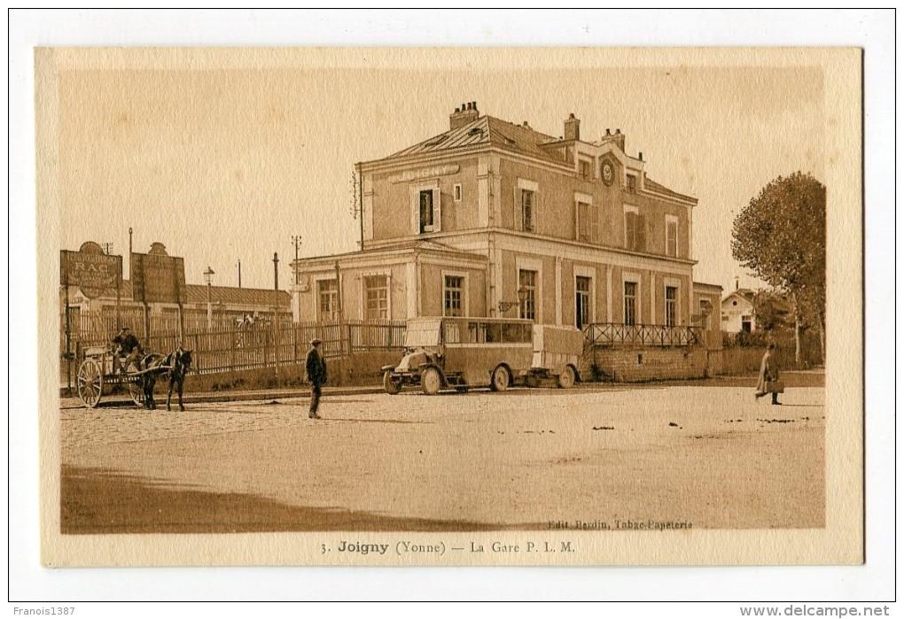 Ref 198 - JOIGNY - La Gare P.L.M. - Joigny