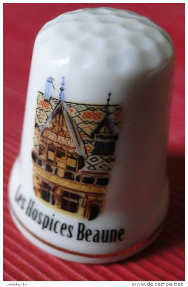 Dé à Coudre - Les Hospices De Beaune (21) - Dessin Sur Porcelaine - Collection - Ditali Da Cucito