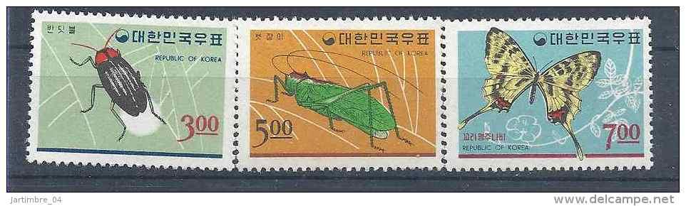 1966 COREE DU SUD 433-35** Insectes, Papillon - Korea, South