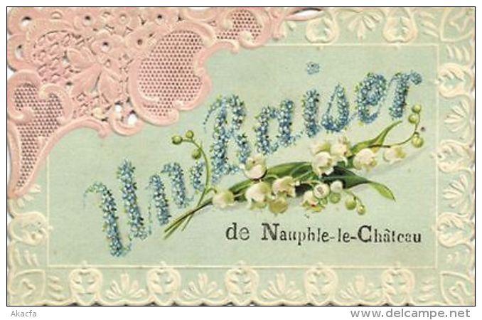 CPA Un Baiser De Nauphle Le Chateau (260696) - France