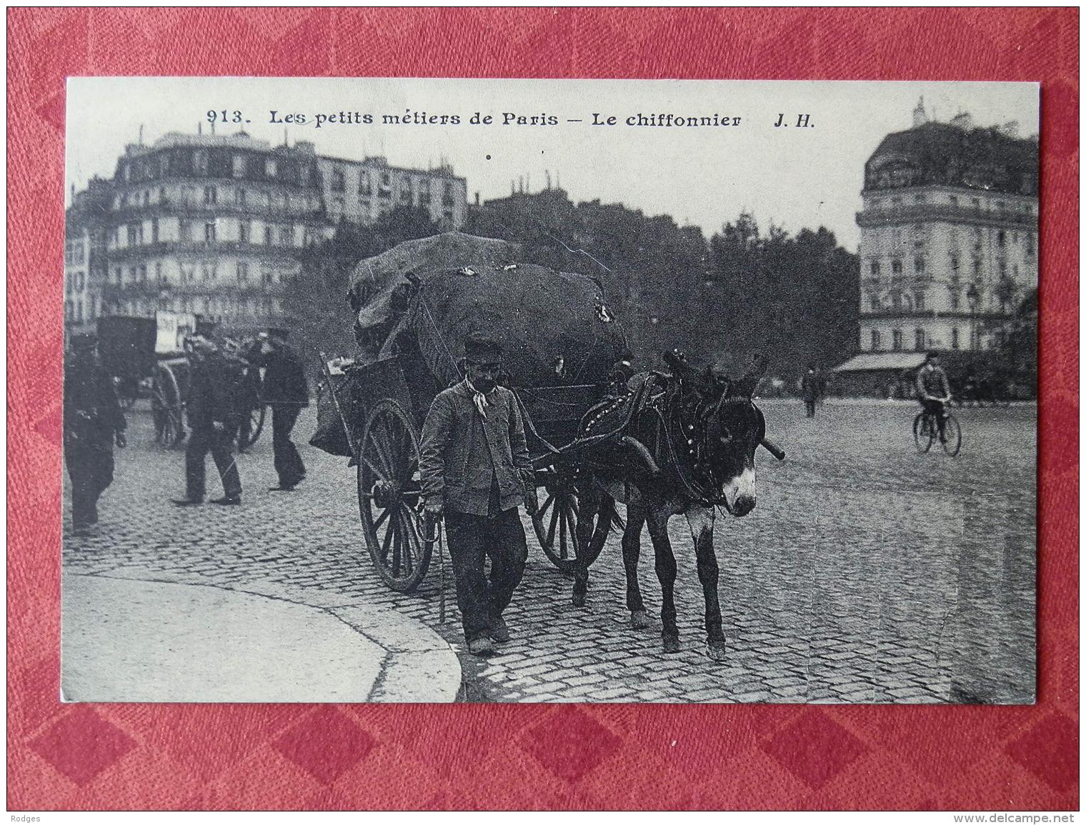 Dep 75 , Cp(repro) Les Petits Métiers De PARIS , 913 , Le Chiffonnier (01.27) - Petits Métiers à Paris