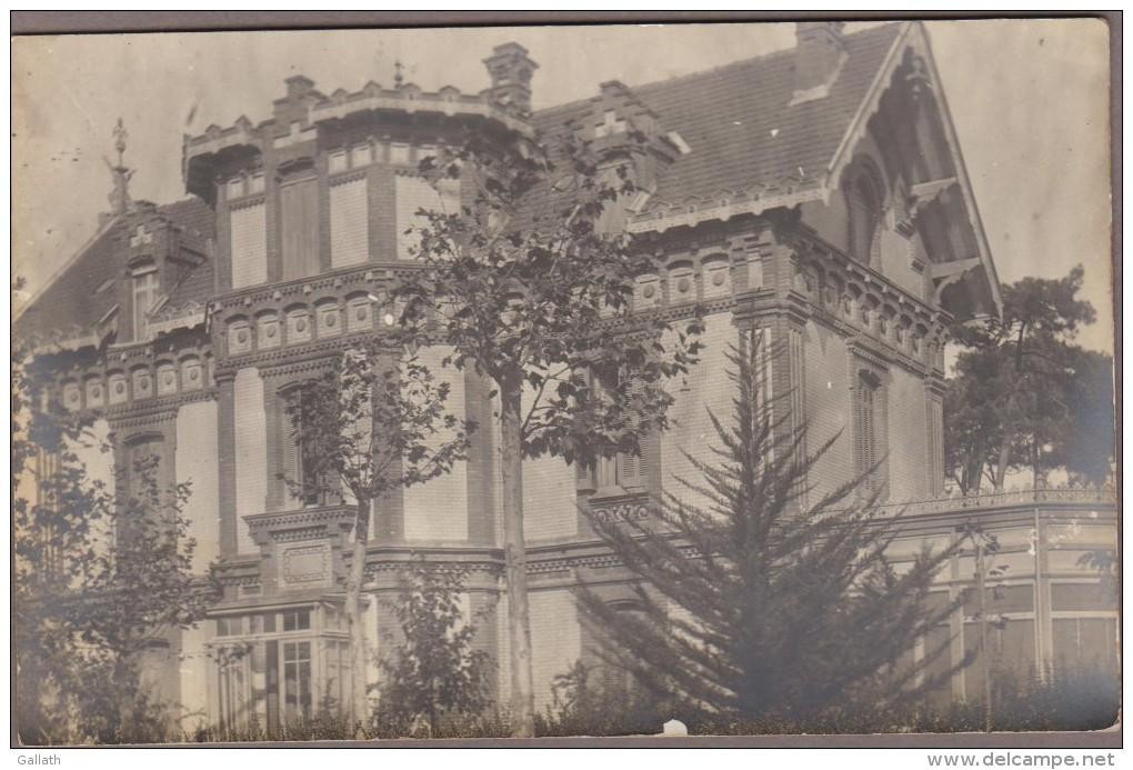 "33-ARCACHON-CARTE PHOTO-Villa ""FIOR D´ALIZA"" Angle Av. N. Deganne / Rue N. Johnston (verso Rousseurs) - Arcachon"