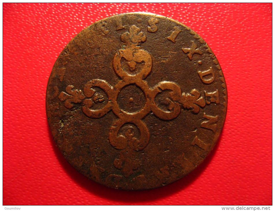 6 Deniers Dardenne 1711 H La Rochelle Louis XIV - Légende Fautée Fautive A Et V En V Et A Inversés 9020 - 987-1789 Monnaies Royales