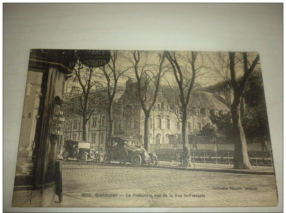 29 - Quimper : La Préfecture : Vue Prise De La Rue Saint-François : Animée - Quimper