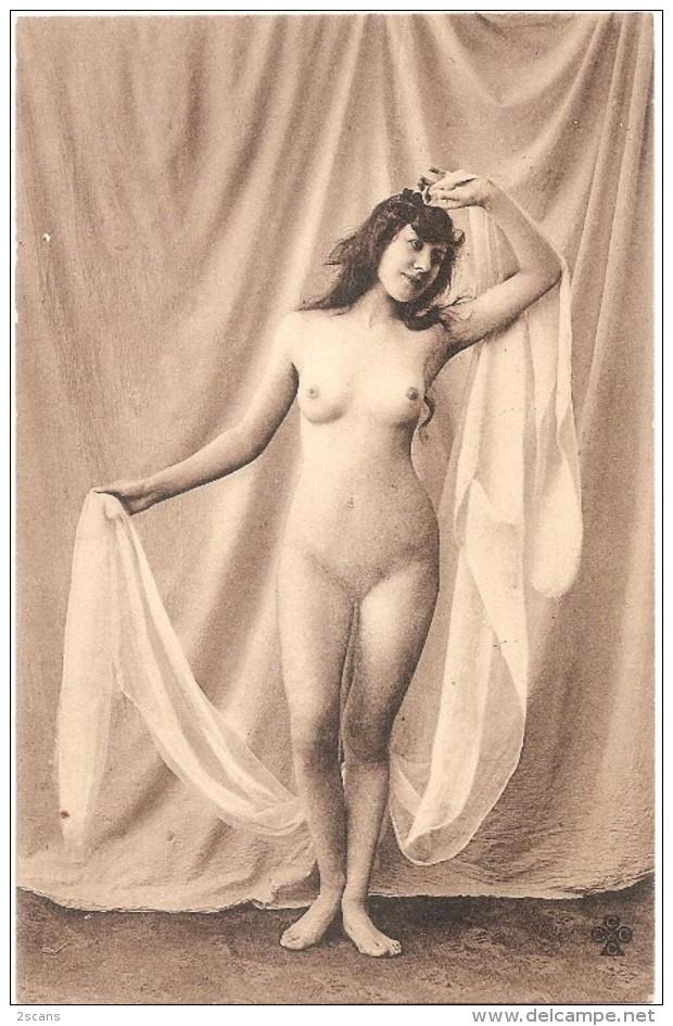 Érotique, Érotica, Erotic - FEMME NUE, SEINS NUS - Éditeur CCCC - Charles Collas Et Cie, Cognac - Beauté Féminine D'autrefois < 1920