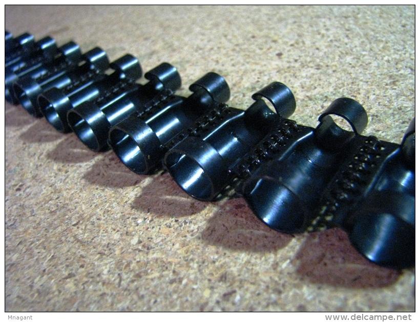 Bande De 250 Maillons Avec Tire Bande ,russe 7,62X54R ,sans Munitions - Armes Neutralisées