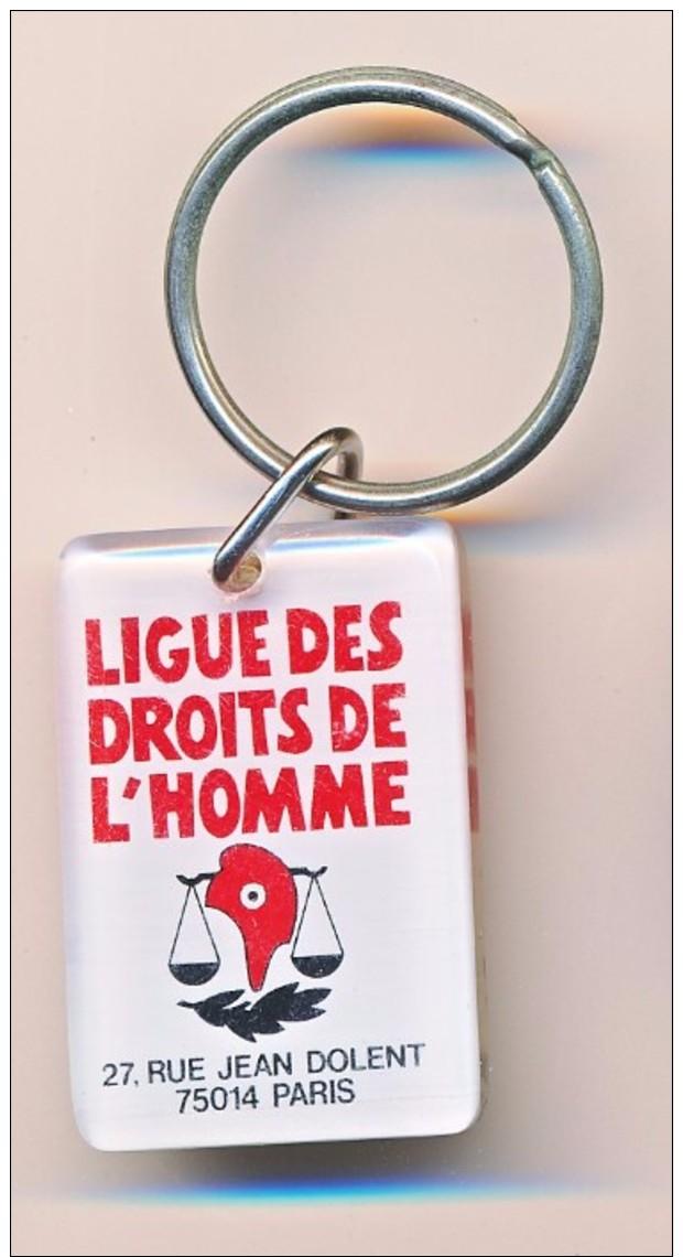 PC: Porte Clefs Rectangulaire : Bourbon, La Ligue Des Droits De L´homme 27 Rue Jean Dolent à Paris - Porte-clefs