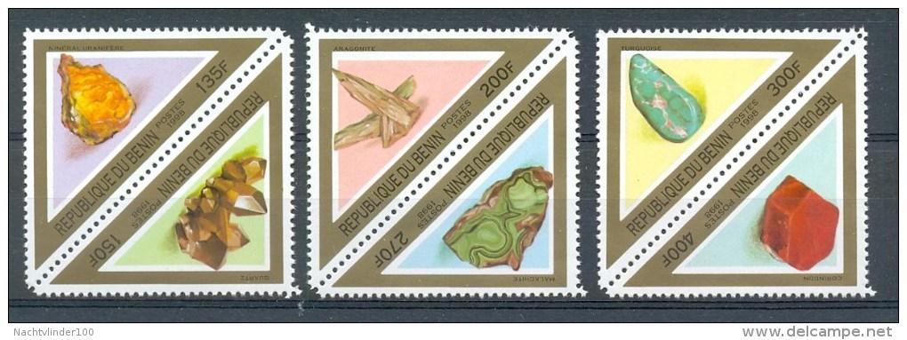 Mtw984 FAUNA MINERALEN GEMSTONES  MINERALIEN UND GESTEINE  BENIN 1998 PF/MNH - Mineralen