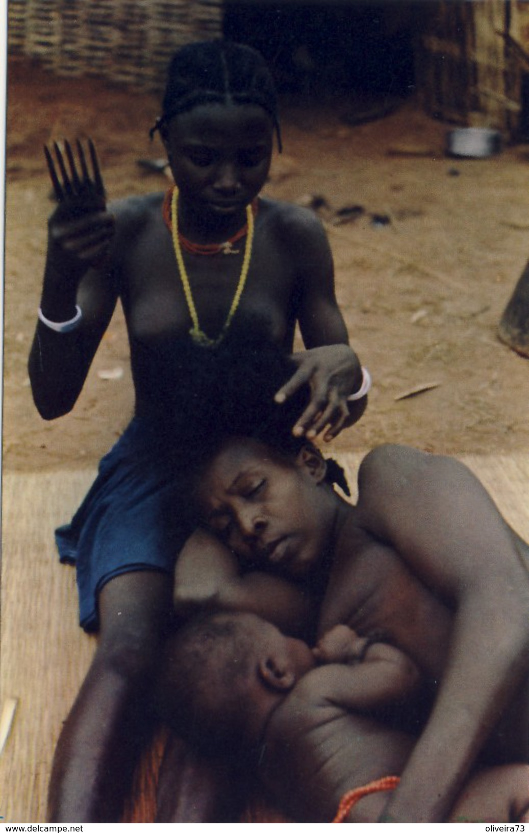 GUINÉ, BISSAU, Tecendo Cabelo (Beafadas) Fulacunda (NU, NUS), 2 Scans - Guinea-Bissau