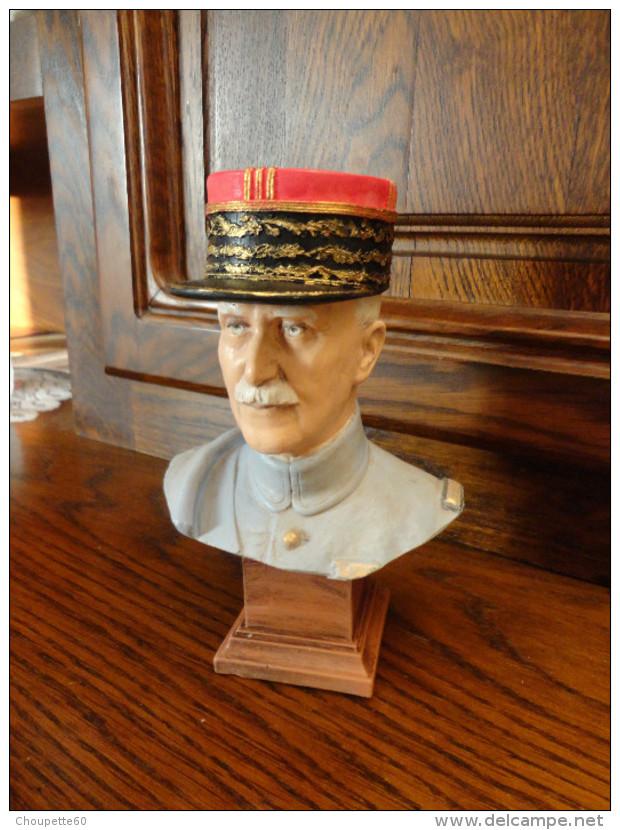 Buste Du Maréchal Pétain - Militaria