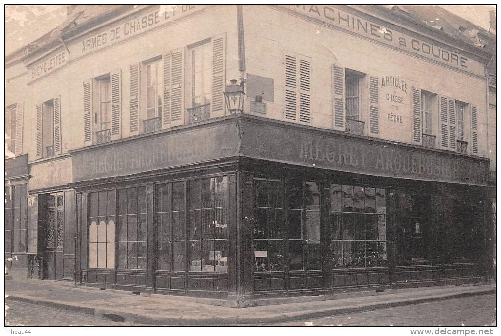 """¤¤  -    EVREUX    -  Machines à Coudre, Armes De Chasse, Arquebusier """" MEGRET """" - Angle De La Rue Ch. Corbeau   -   ¤¤ - Evreux"""
