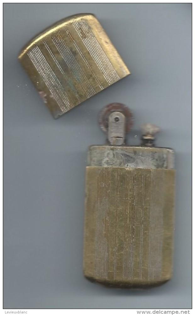 """Briquet De Poche """" Tempête""""/Laiton /Ancien/Vers 1910-1930               OBJ131 - Briquets"""