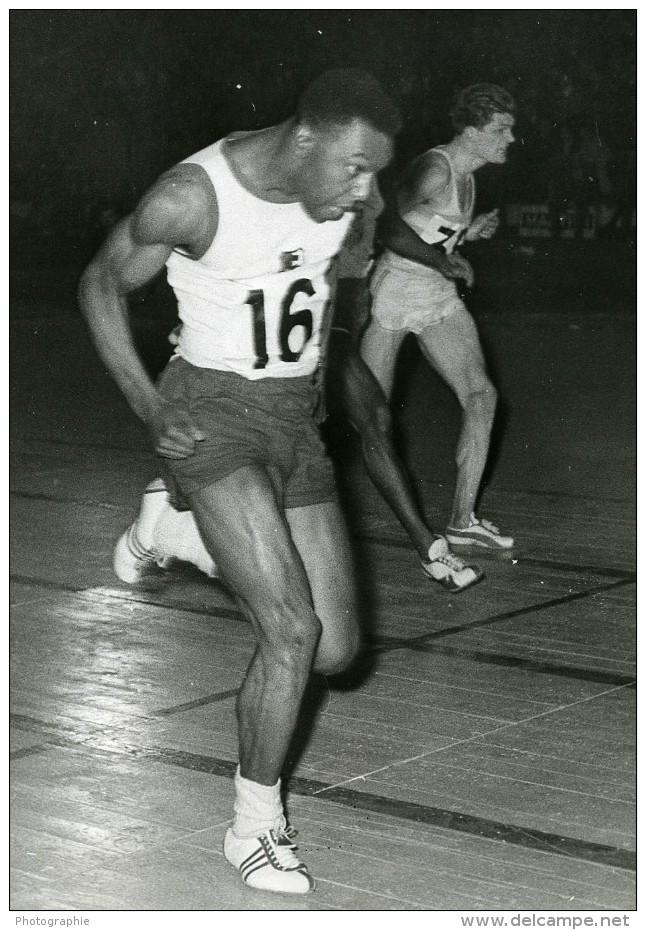 France Paris Palais Des Sports Athletisme Carper Et Delecour Ancienne Photo 1959 - Sports