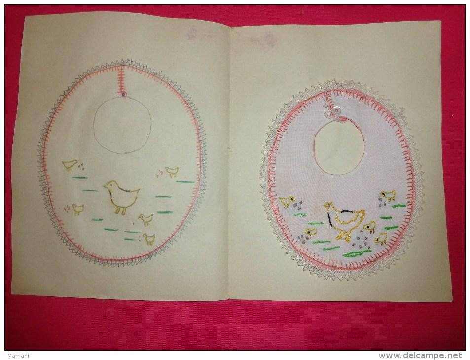 Bavette De Bebe Doublee-(petit Bavoir)- Devoir De Dessin Et De Couture Dans Les Ecoles (poule Poussins - Creative Hobbies