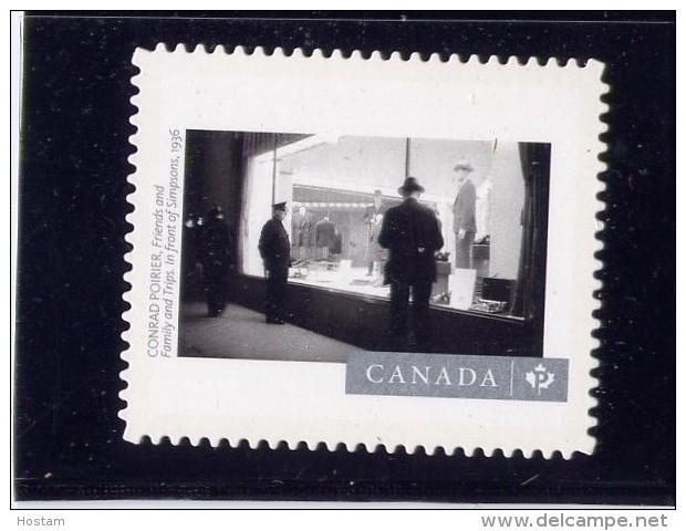 """CANADA, 2015,  #2818I, DIE CUT,   CANADIAN PHOTOGRAPHY : Friends & Family &Trips   In Front Of Simpsons  """"P"""" STAMP - Carnets"""