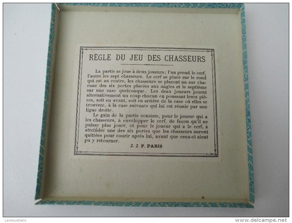 """Jeu Ancien/""""Jeu Des Chasseurs """"/Jeu De Société /Joli Tapis Carton, Boite De Jetons Et Régle Du Jeu/ Vers 1880-1900 JE150 - Jeux De Société"""