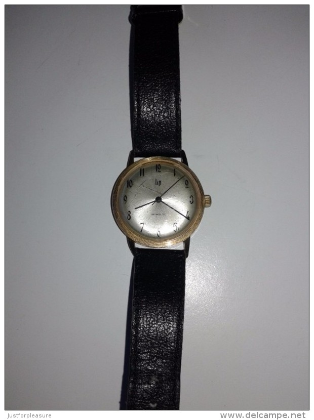 montre lip stainless steel back