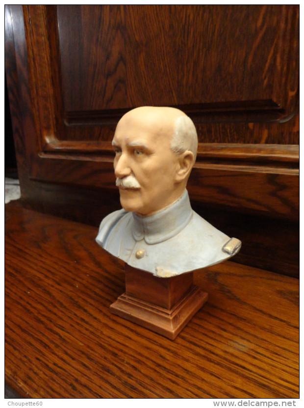 Buste Du Maréchal Pétain* - 1939-45