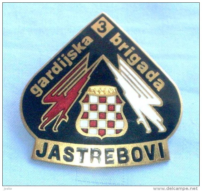 BUSOVACA & VITEZ - BOSNIAN CROATS ARMY HVO In BOSNIA WAR 1992-95. Large Enamel Badge *  Bosnie Bosnien Kroatien Croatia - Army