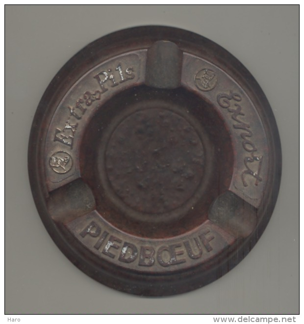 "Cendrier En Baklite "" PIEDBOEUF Extra Pils - Export ""  (b188) - Cendriers"