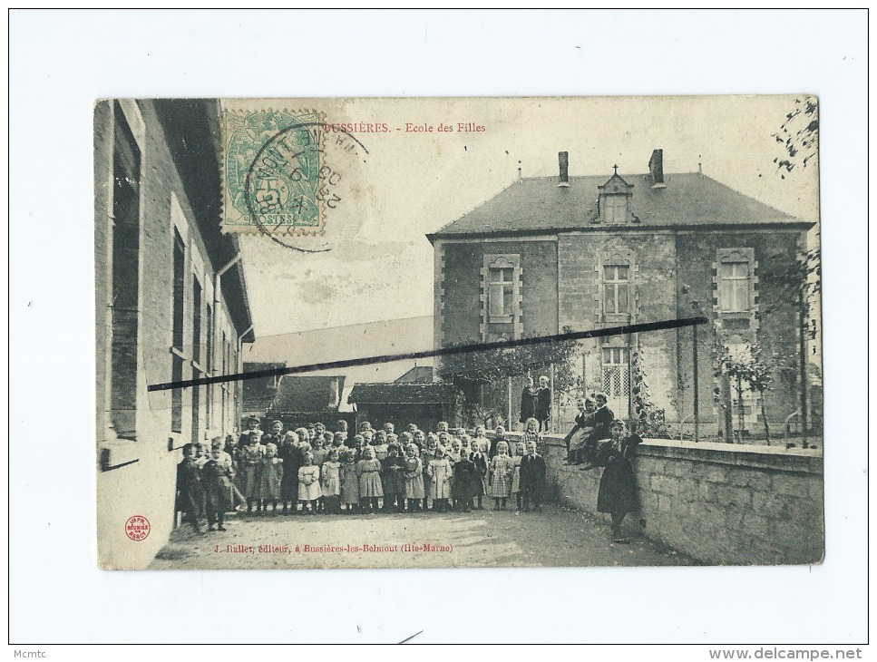 CPA - Bussières - Ecole Des Filles - Autres Communes