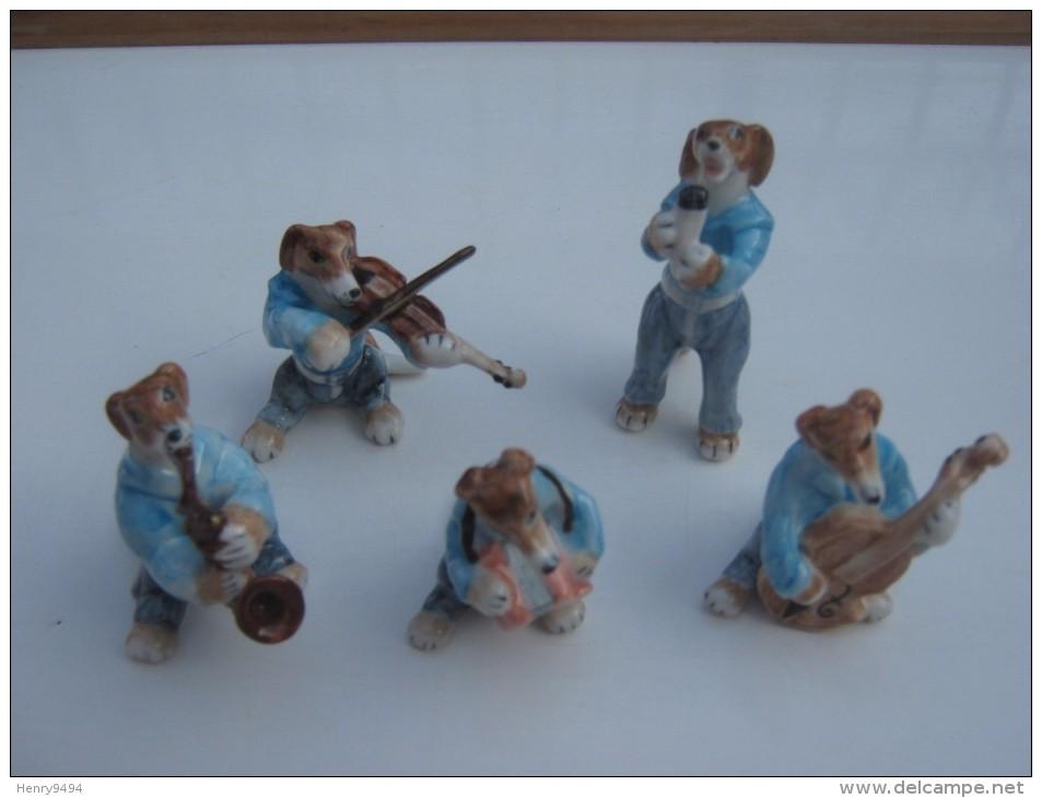 ORCHESTRE ANIMAL CHIEN MUSICIEN DOG MUSIC BAND MINIATURE PORCELAIN MUSIQUE CASE - Objets Dérivés