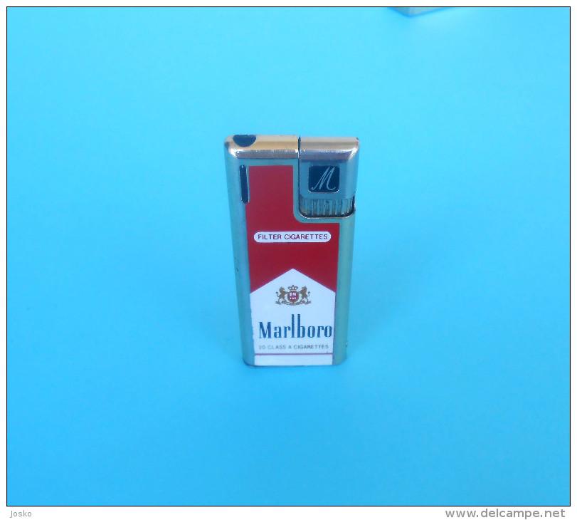 MARLBORO .... 20 Class A Cigarettes ... Vintage Gas Lighter * Old Essence Plus Légère Alte Benzinfeuerzeug Gasoline - Unclassified