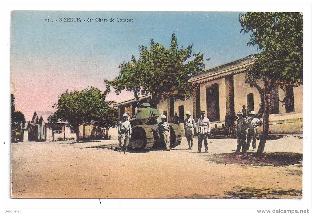 CPSM Colorisée Bizerte Tunisie Militaria 61 ème Chars De Combat Char Avec Militaires édit EMT N°214 écrite 1932 - Tunisie