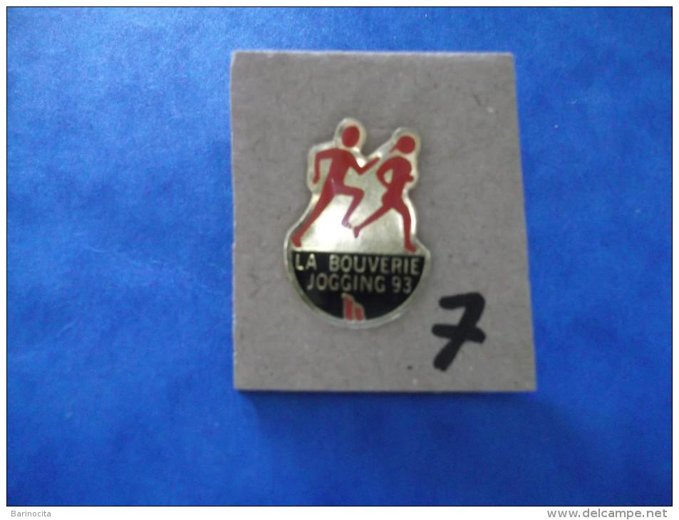 """PIN´S -  LA BOUVERIE  """" Jogging 93 La Bouverie """"    - Voir Photo ( 7 ) - Städte"""
