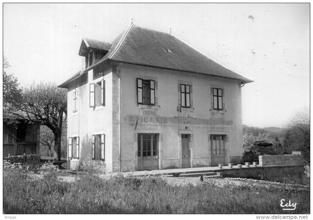 (73) ATTIGNAT ONCIN L´hotel Ginet  Epicerie  Tabac  N°8   (Savoie) - Autres Communes